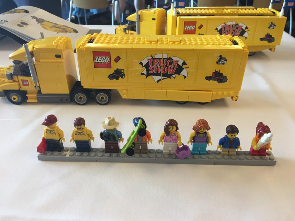 LEGO Truck Show (4000022)-1