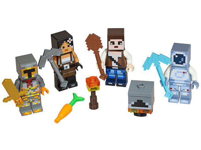 LEGO Minecraft Skin Pack (853609) and (853610)-1