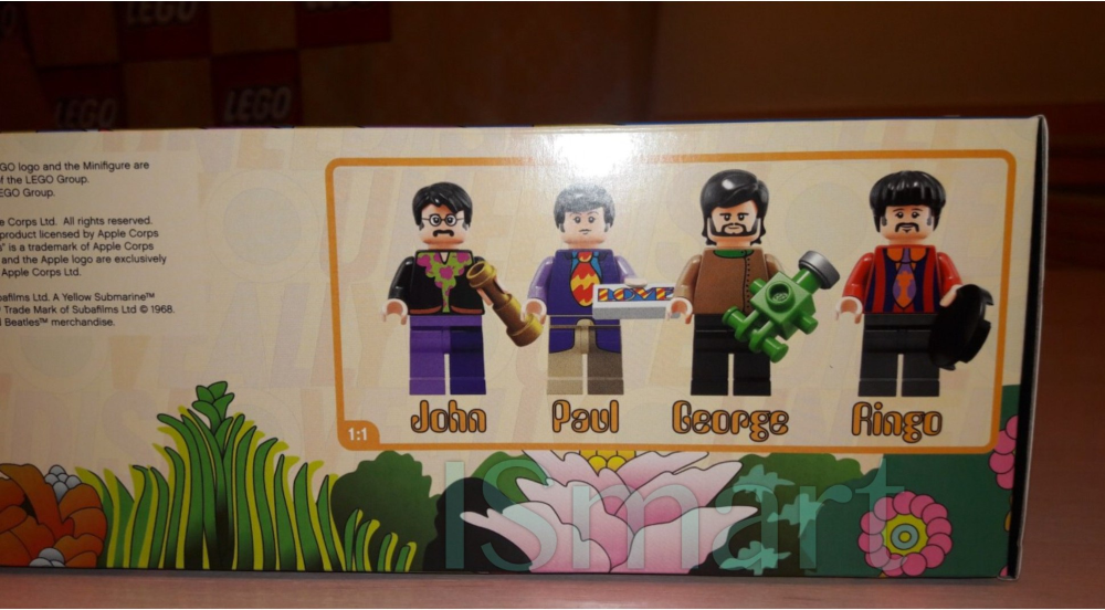 lego-ideas-the-beatles-yellow-submarine-21306-2